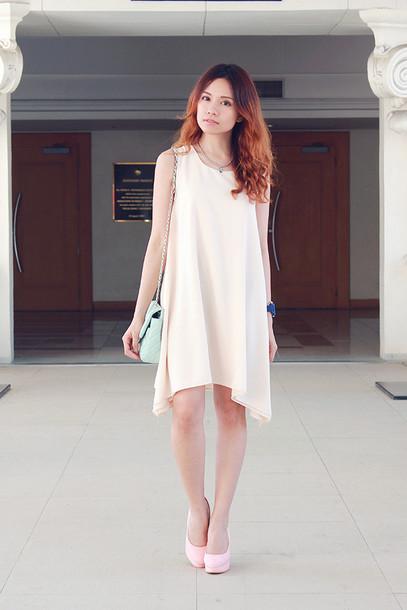 love chic blogger dress jewels bag shoes