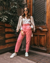 pants,pink pants,high waisted pants,belt,shirt,white shirt,jacket,sneakers,white sneakers,low top sneakers