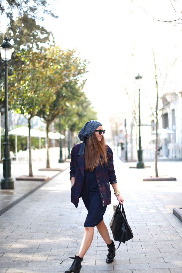 b a r t a b a c shoes coat dress hat bag sunglasses jewels