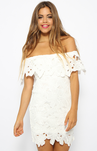 Ciara – White off shoulder crochet dress  |  Steal Her Look |