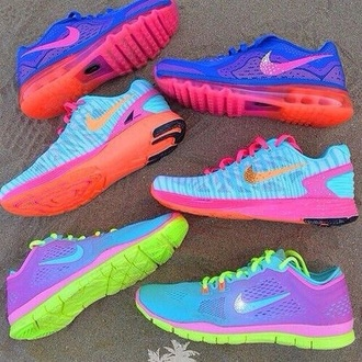 shoes pretty shoes bright sports shoes workout neon shoes nike running shoes nike shoes bright sneakers workout shoes fitness fitness shoes