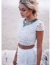 top,white lace croptop