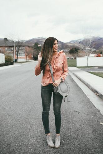 mint arrow blogger shoes top jeans bag