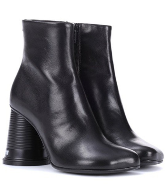 Mm6 Maison Margiela leather ankle boots ankle boots leather black shoes