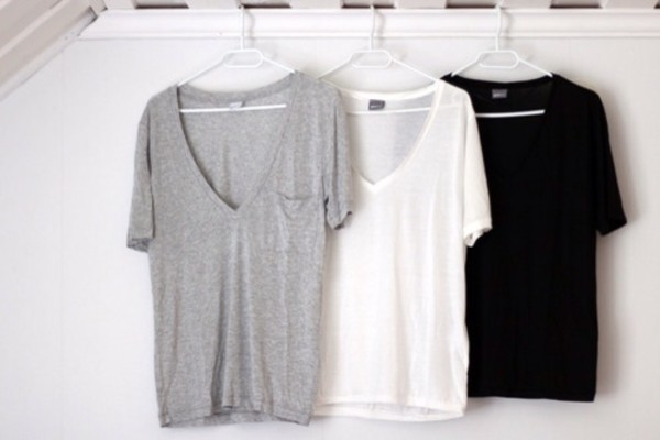 shirt clothes t-shirt t-shirt plunge v neck v neck grey t-shirt white black t-shirt basic comfy big t-shirt grey big t shirt casual casual t-shirts comfy tee white t-shirt black