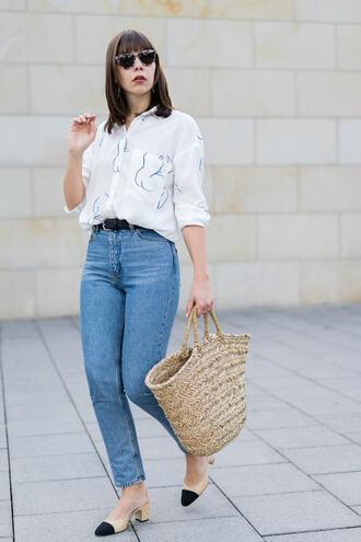 shirt tumblr white shirt denim jeans blue jeans mom jeans bag straw bag shoes slingbacks sunglasses