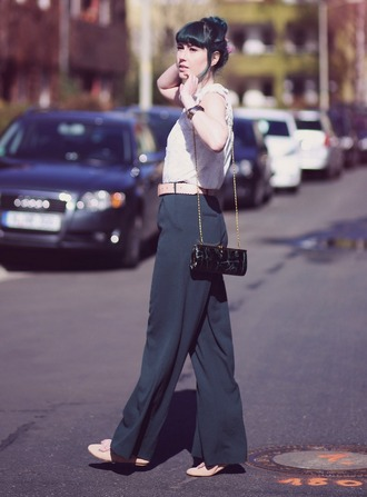 like a riot blogger top wide-leg pants clutch