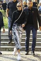 pants,black and white,gigi hadid,model off-duty,streetstyle,fashion week,turtleneck