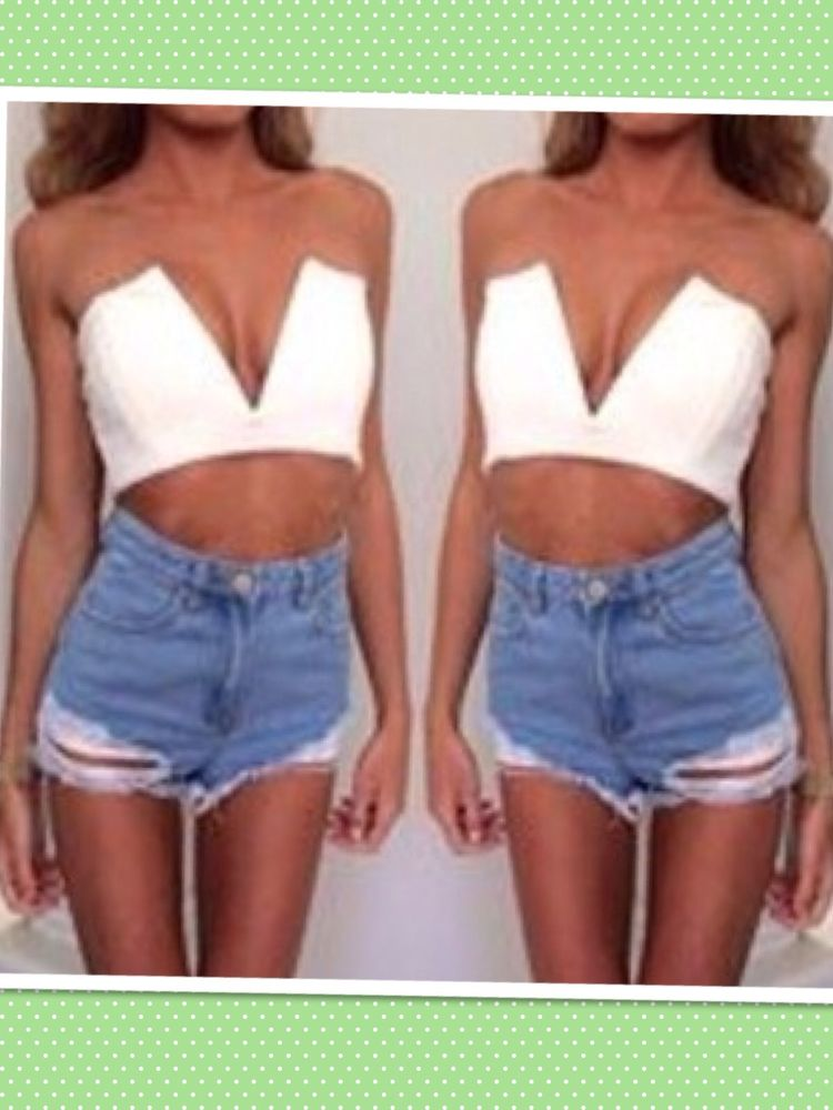 Size xs v neck white crop top latest fashion trend top