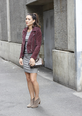 seekingsunshine blogger jacket dress shoes ankle boots louis vuitton bag grey dress mini dress