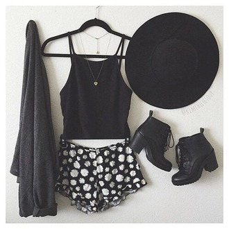 hat shorts floral sunhat tank top necklace shoes leather black white purse summer spring tumblr weheartit outfit indie hipster hippie cardigan