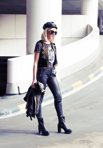mikuta now blogger fisherman cap leather pants rock chunky boots