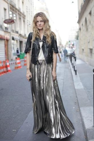 skirt metallic pleated style