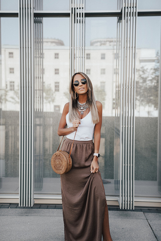 styled avenue blogger skirt shoes sunglasses bag jewels round bag basket bag maxi skirt summer outfits