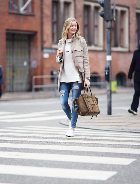 passions for fashion blogger winter coat beige celine bag ripped jeans