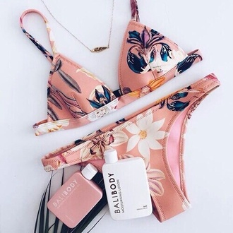 swimwear triangl summer pink swimwear two piece flowers bikini floral bikini triangle bikini floral nude floral swimwear pastel swimwear blue light pink floral bikini bottom