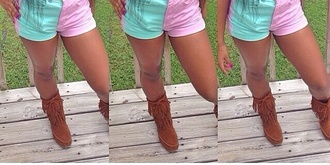 brown shoes shoes moccasins fringes boots fringe boots moccasin boots mocahs winter boots brown booties girly