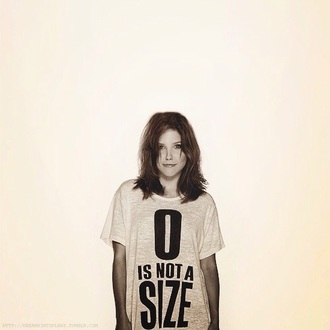 t-shirt sophia bush lifestyle