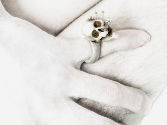 skull jewels ring ukraine macabre gadgets upyr ring