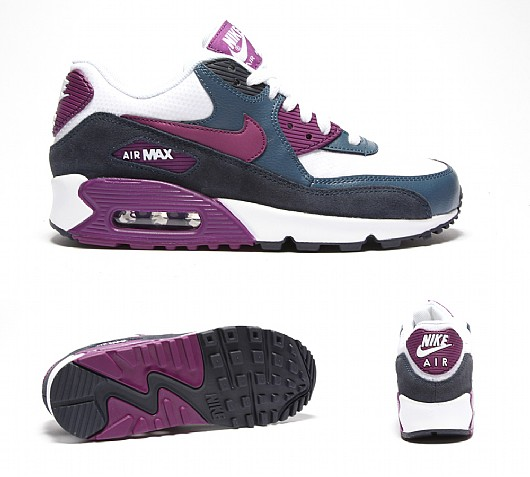 NIKE Womens Air Max 90 Essential Trainer | Navy / Purple | Footasylum