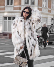 coat,tumblr,fur coat,faux fur coat,white coat,oversized,oversized coat,sunglasses