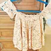 top,shirt,cream shirt,flowers,flowers top,flower top,flower shirt,flowers shirt,lace,lace top,lace shirt,white,cream,cream top