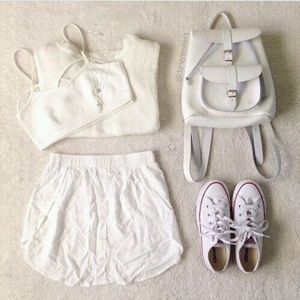 bag white shoes shorts top