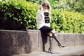 5 inch and up sweater skirt jewels shoes