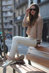 shoes,sunglasses,beige jacket,white jeans,blogger,gold oxford shoes