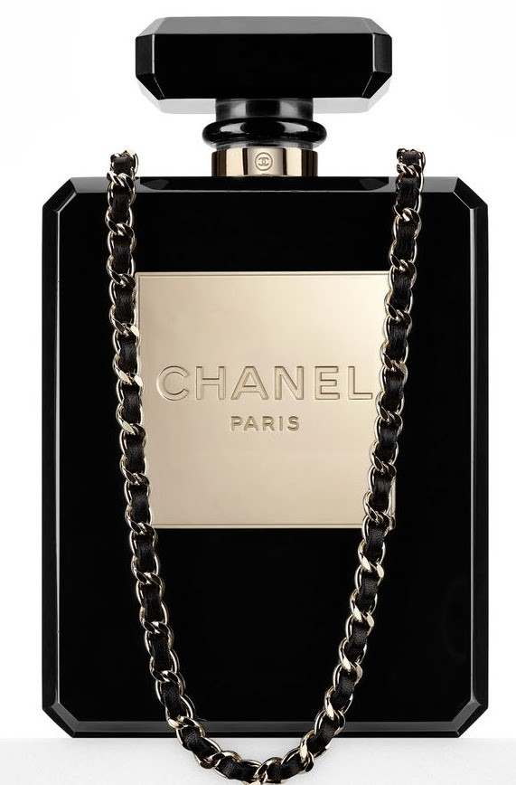 My Runway Style                  - CHANEL Nº5 PERFUME BOTTLE CHAIN BAG
