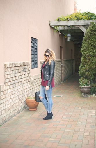 life & messy hair blogger shoes jeans jewels bag sweater jacket