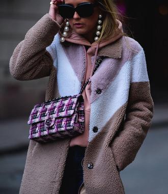 coat tumblr camel camel coat bag printed bag chain bag crossbody bag earrings statement earrings jewels jewelry hoodie pink hoodie sunglasses fashion week 2017 streetstyle