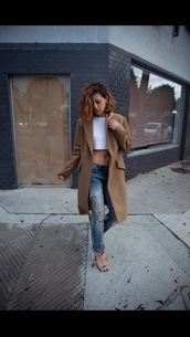 shoes,ripped jeans,light brown,small tank top,flat sandals,coat,jacket,brown,beige jacket,long,trench coat,brown jacket,wool coat
