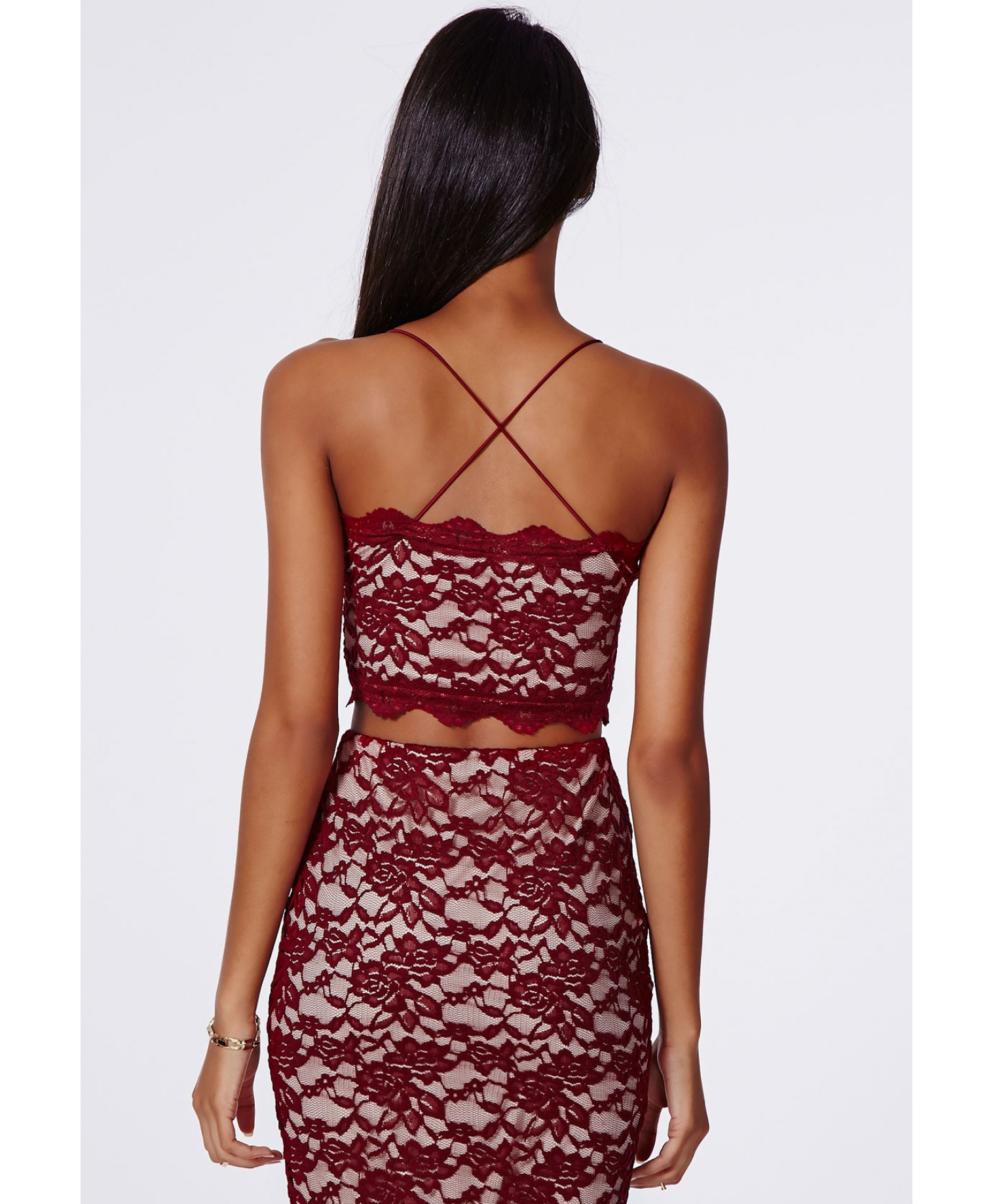 Missguided - Beatie Cross Back Strappy Lace Bralet Oxblood