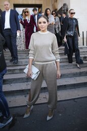 pants,sweatpants,sweater,olivia culpo,streetstyle,pumps,paris fashion week 2016