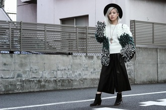 feral creature blogger sweater hat pendant culottes winter outfits fuzzy coat coat pants leggings jewels shoes