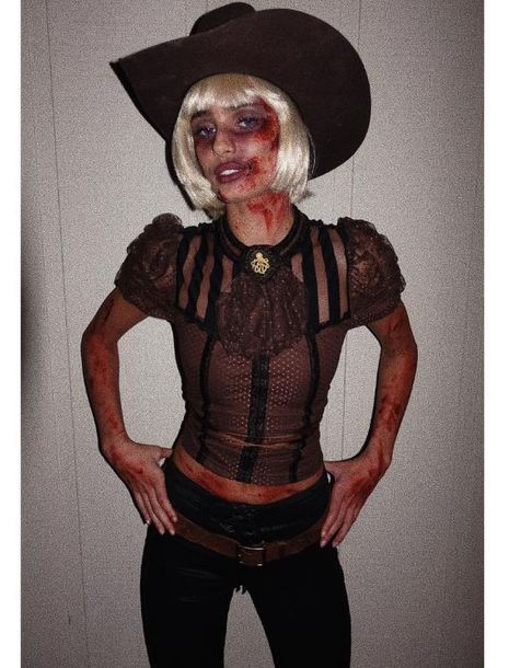 blouse pants wig hat cowboy hat Taylor hill model off-duty instagram halloween halloween costume halloween makeup