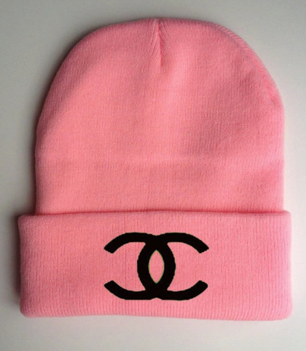 hat beanie pink chanel outfit pink beanie bag