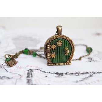 middle earth green jewels necklace lord of the rings door phantasy brown hobbit the middle