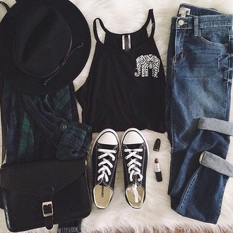 hat jeans blouse shirt bag shoes tank top black hat green blue black hulter top black tank top elephant blue jeans black convers flannel shirt cross-body bag black purse burgundy lipstick top aztec flannel make-up