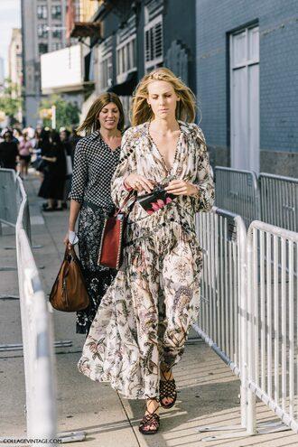dress fashion week street style fashion week streetstyle tumblr maxi dress v neck v neck dress long sleeves sandals flat sandals boho chic floral maxi dress boho dress