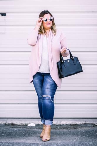 stylishsassy&classy blogger sweater shirt jeans shoes bag cardigan plus size handbag ankle boots