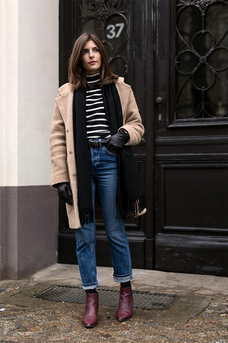 simple et chic blogger striped shirt ankle boots turtleneck camel coat straight jeans