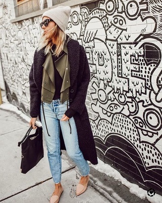 coat oversized coat nude shoes loafers black coat oversized jeans blue jeans shoes bag beanie sunglasses