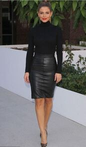 top,all black everything,maria menounos,fall outfits,skirt,leather skirt,turtleneck