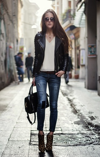 neon rock sunglasses bag jacket t-shirt shoes jeans leather jacket fashion style black printed boots boots ankle boots printed ankle boots animal print leopard print booties denim skinny jeans blue jeans top white top v neck black leather jacket black jacket black bag fall outfits streetstyle