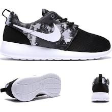 more photos 20c52 3c5d5 Nike Womens Roshe Run Print Trainer - Black   White   Cool Grey. Size 3