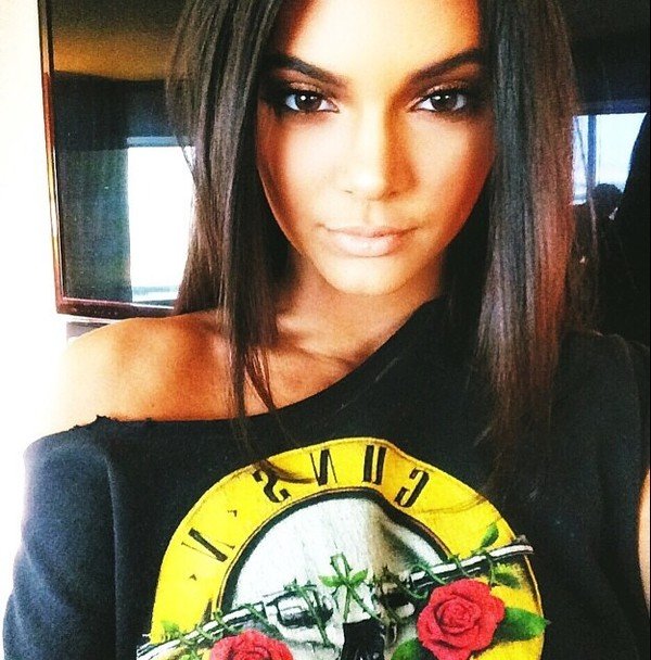t-shirt kendall jenner guns and roses
