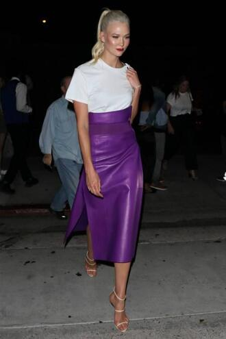 skirt purple sandals karlie kloss model off-duty slit skirt high waisted white top top shoes