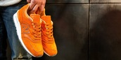 shoes,running shoes,sneakers,orange,new balance,suede sneakers,low top sneakers